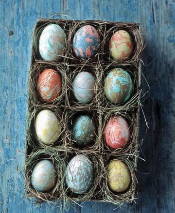 способы покраски пасхальных яиц