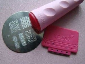 Сделать красивый маникюр в домашних