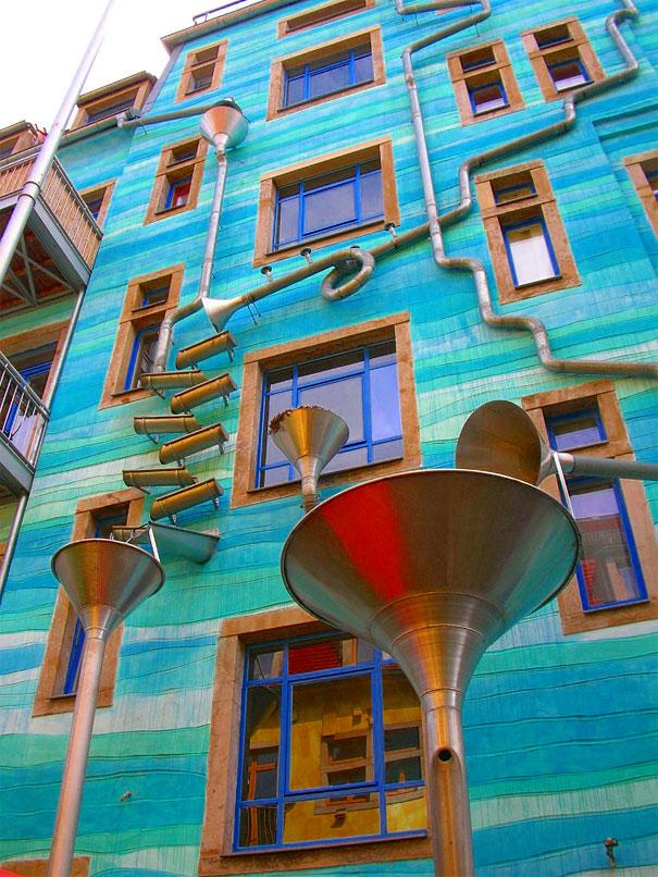 стена Funnel Wall в Дрездене