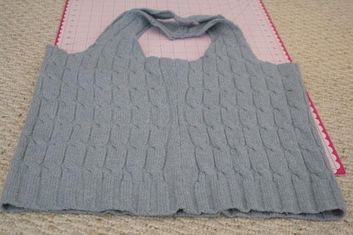 Что можно сделать из старого свитера своими руками