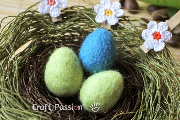 валяние пасхальных яиц