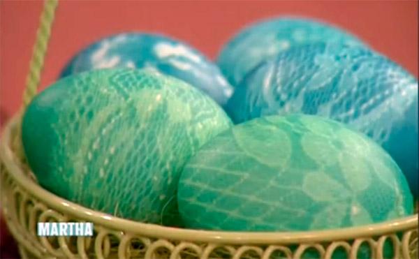 пасхальные яйца с кружевным узором