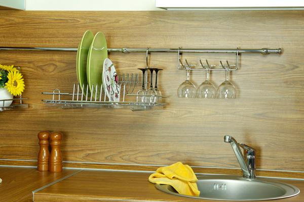 тщательная уборка на кухне