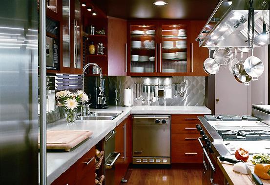убрать неприятные запахи на кухне