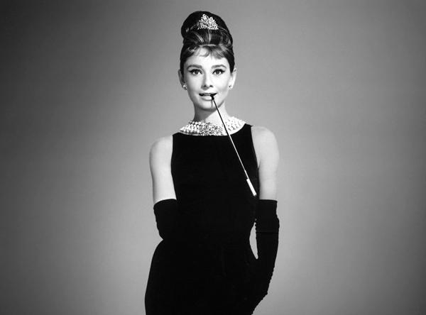 маленькое черное платье Одри Хепберн