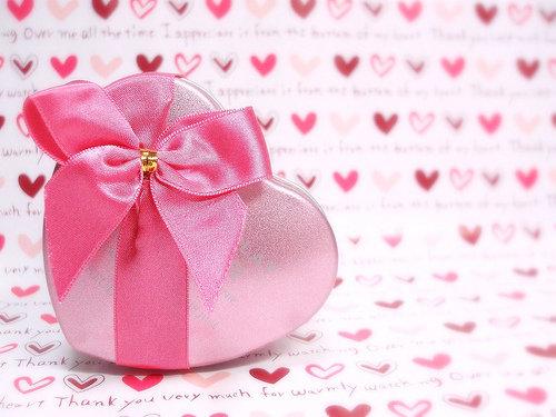 подарки девушке на День Валентина