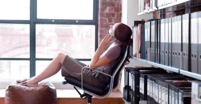 сидячая работа в офисе