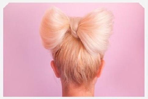 простой бантик из волос