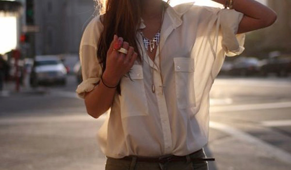 стильные образы с блузкой из шелка/ шифона