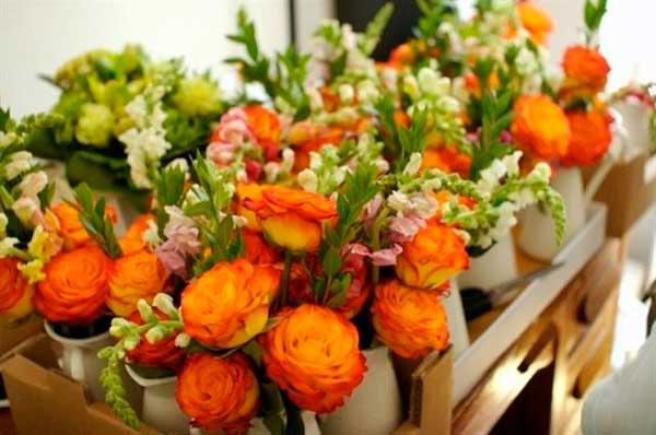 выбрать цветы на 8 марта