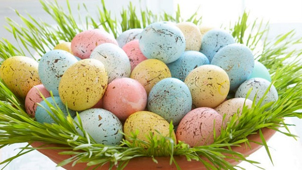 пасхальные яйца в крапинку