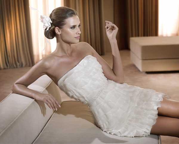 мода на короткие свадебные платья