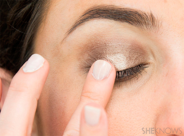 быстрый макияж глаз без кисточки