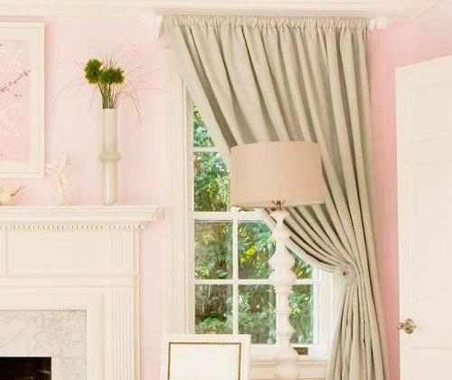 выбрать шторы для узкого окна