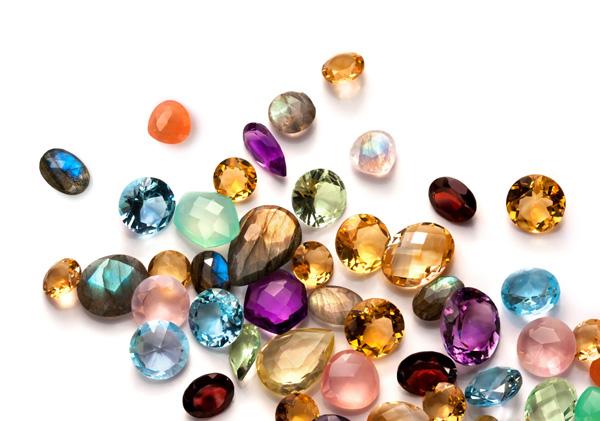 уход за драгоценными и полудрагоценными камнями