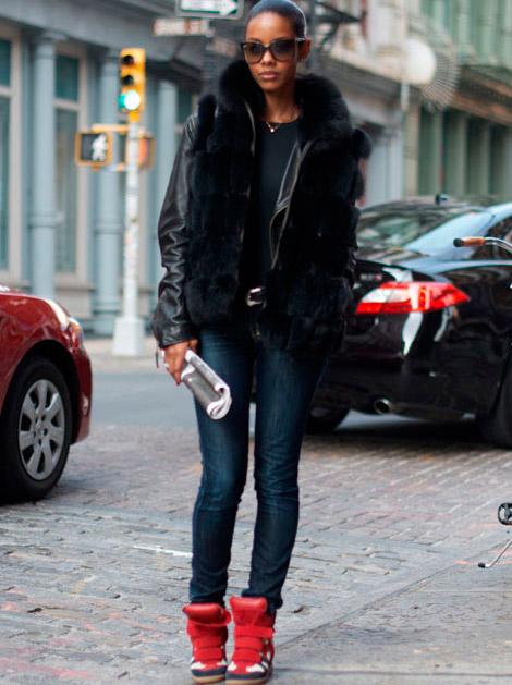 с чем носить сникерсы зимой