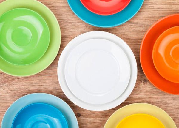 выбрать кухонные тарелки