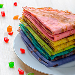 разноцветные блины на Масленицу