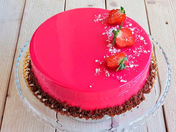 красивый праздничный торт