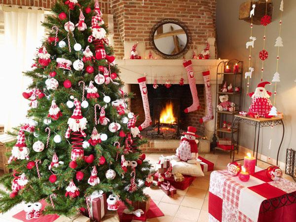 преимущества искусственной новогодней елки