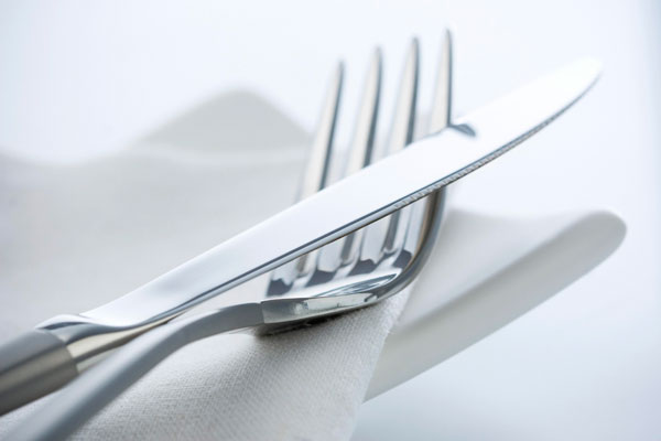 как ухаживать за серебряной посудой