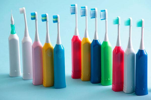 выбрать электрическую зубную щетку