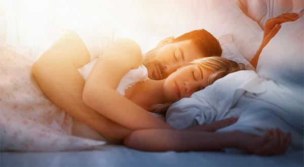 как научиться спать вдвоем