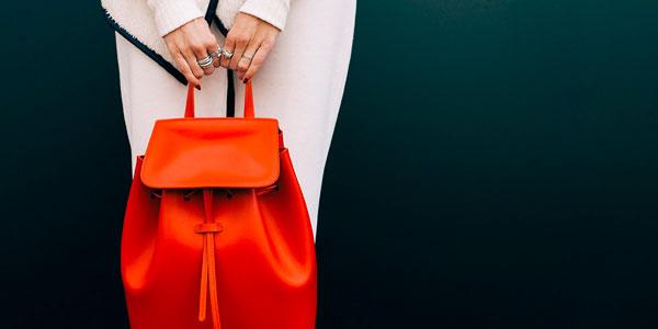 как носить рюкзак стильно