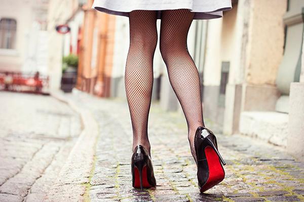 как подбирать колготки под платье