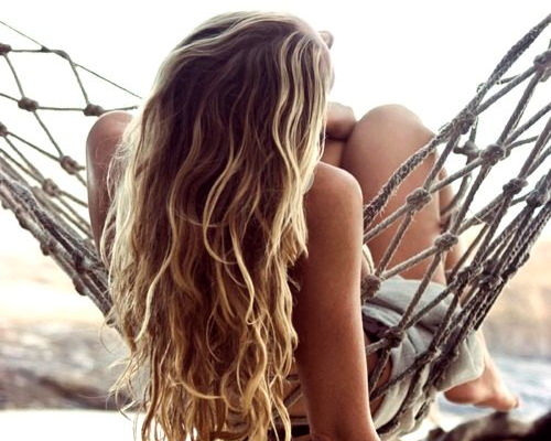летний уход за нарощенными волосами