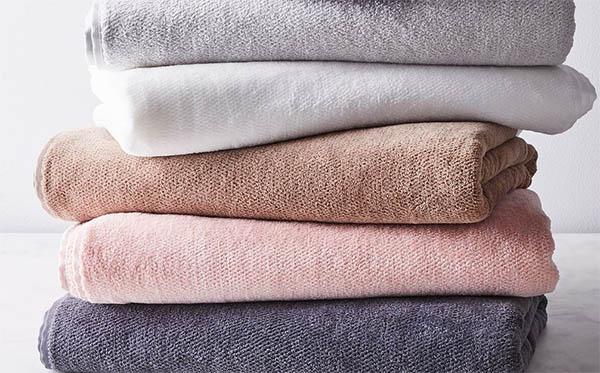 сколько нужно полотенец