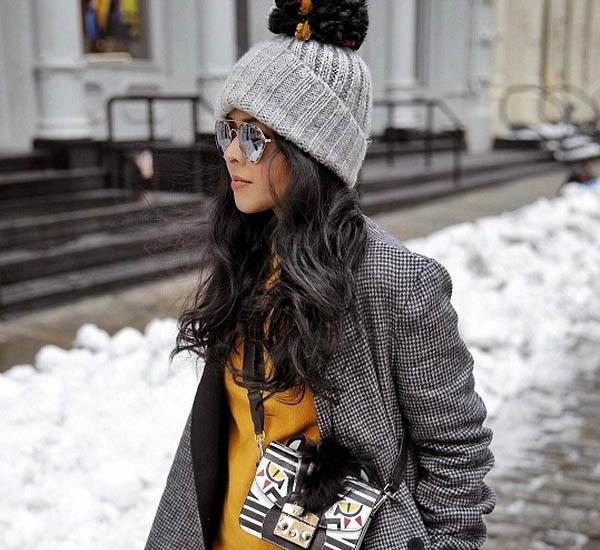 мода на серые шапки
